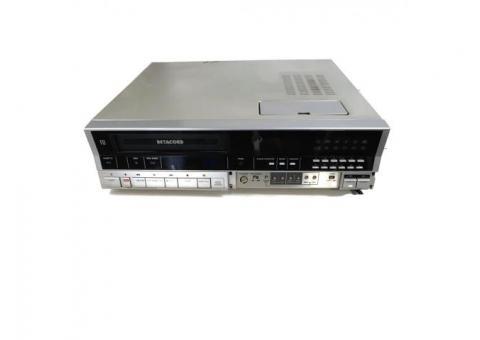 Sanyo VCR4650 Betacord Betamax Video Cassette Recorder - $40 (Pewaukee)